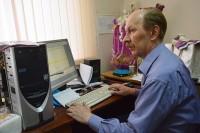 Владимир Потемкин за работой