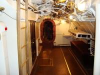 Внутри лодки3