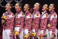 1346921724_b_junye-rossijskie-olimpijskie-chempionki-pojut-gimn-uchites-gospoda
