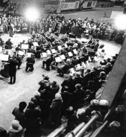 14. Концерт оркестра Т. Хренникова в цехе N6 ЧТПЗ, 1982 г.