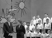 31. Хор мальчиков В. Макагона, ведущая Э. Даммер. Чел. ТВ., 1968 г.