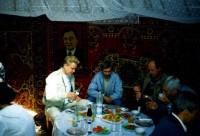 21. Встреча в юрте с коллегами из Кургана, Кустанай, 1996 г.