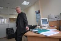 53.В кабинете, фото для костанайской Нашей газеты, апрель 2008 года